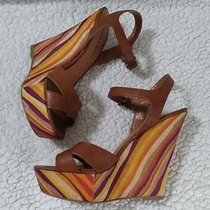 Madden Girl Retro Platform Sandals Sz 8.5